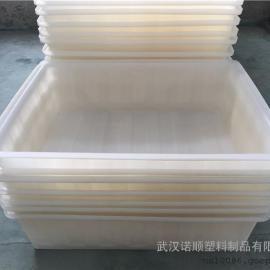 武汉供应500L大型塑料方箱 pe白色塑料箱批发厂家