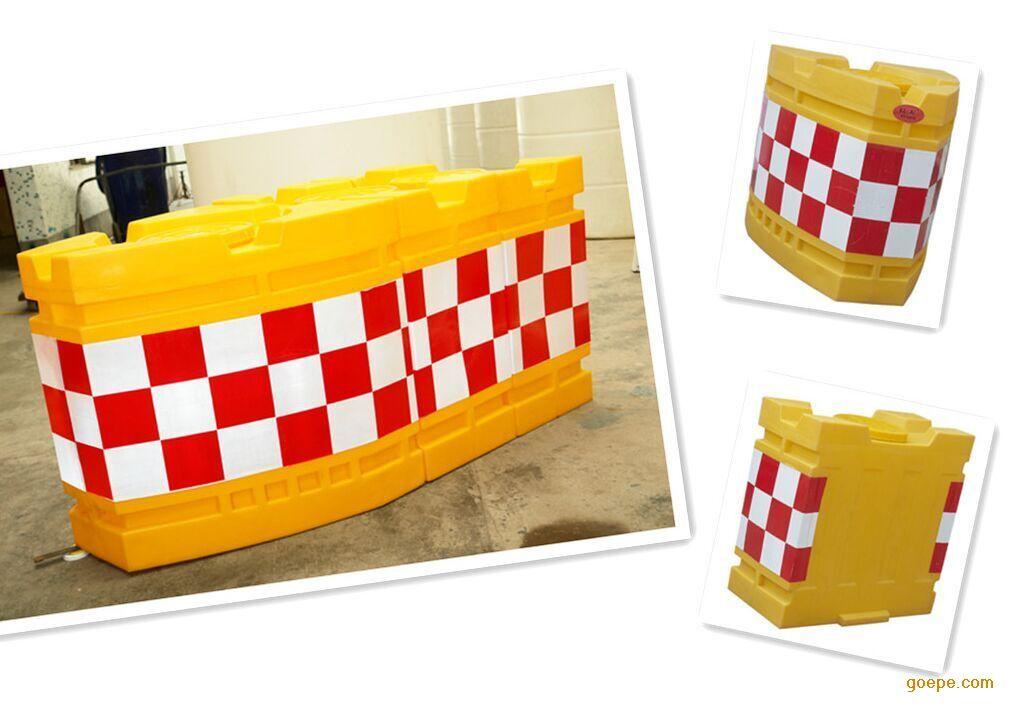 滚塑防撞桶生产工艺特点:滚塑又称旋转
