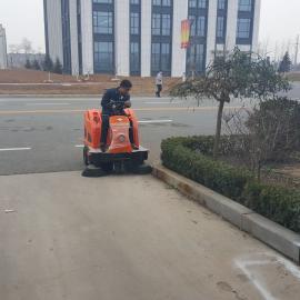 工厂仓库用驾驶式吸尘清扫车,厂区环卫用扫地机