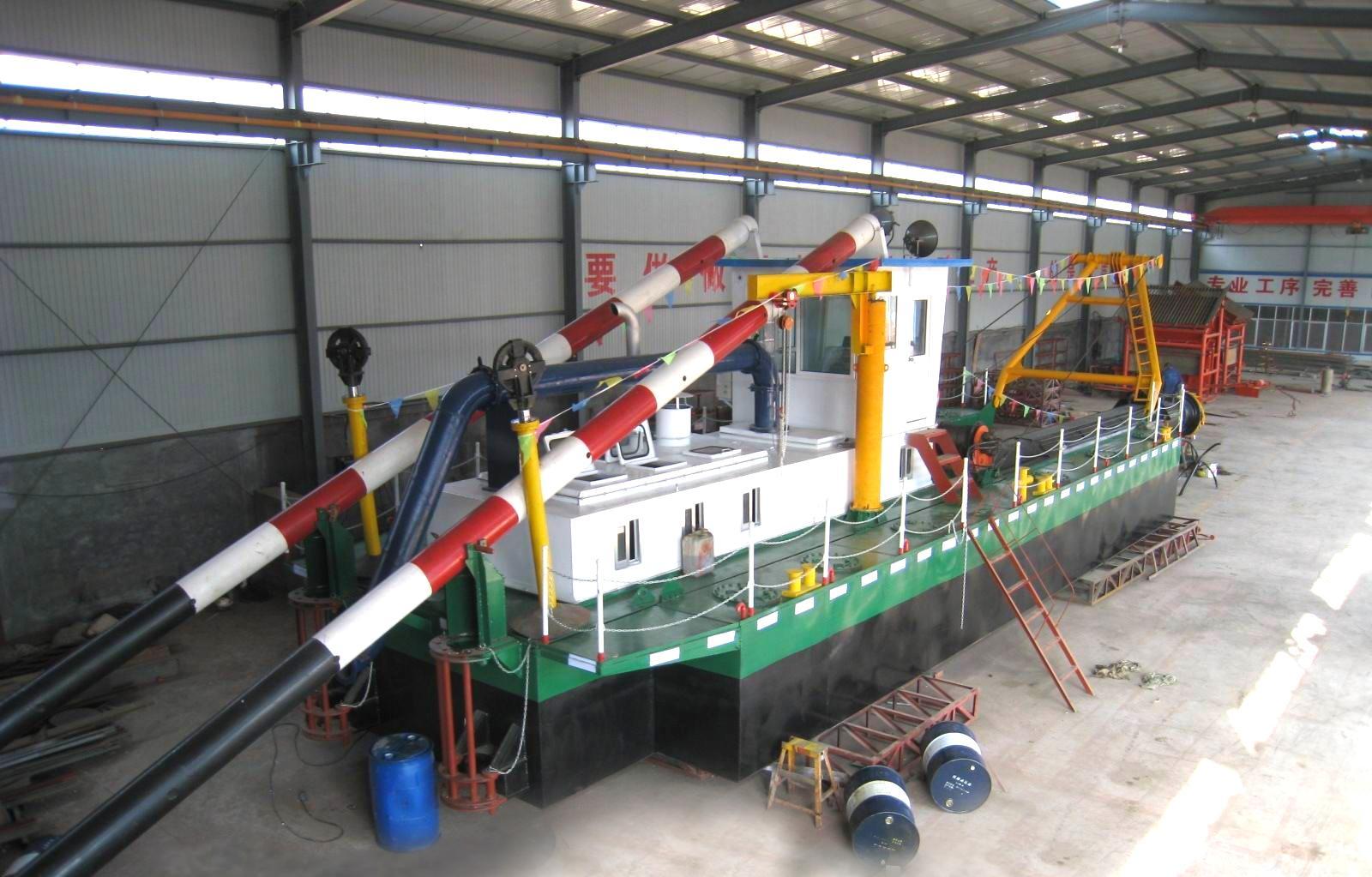 马来西亚绞吸船 出口绞吸 久保田 设备 绞吸船