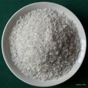 高强度耐磨损多棱角近球状白色颗粒石英喷沙