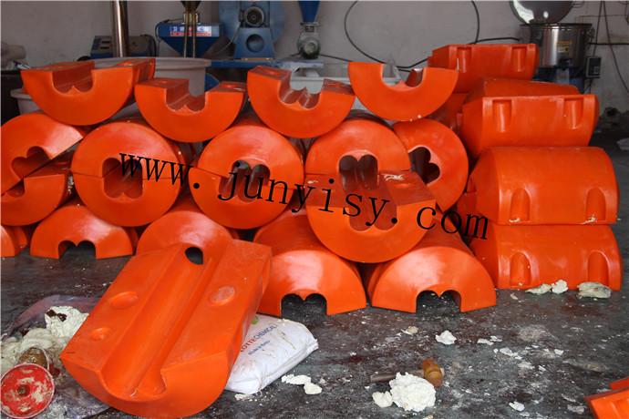 2016新款塑料管道浮体 直径500高800孔径220浮体