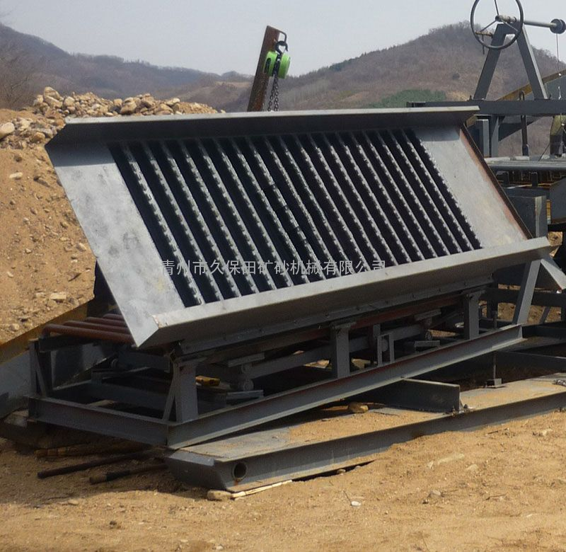河道淘金 久保田机械 优秀选矿设备 出口淘金床