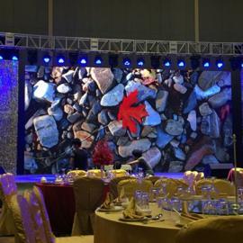 专业定做室内LED全彩高清显示屏厂家每平米价格