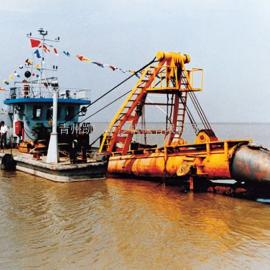 正规沿海挖泥船