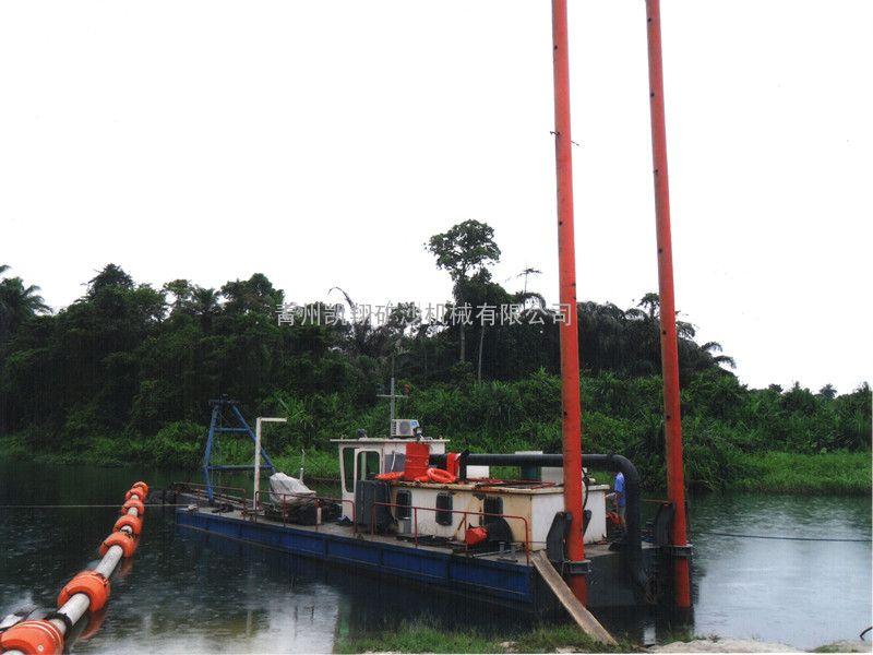 挖泥船设备