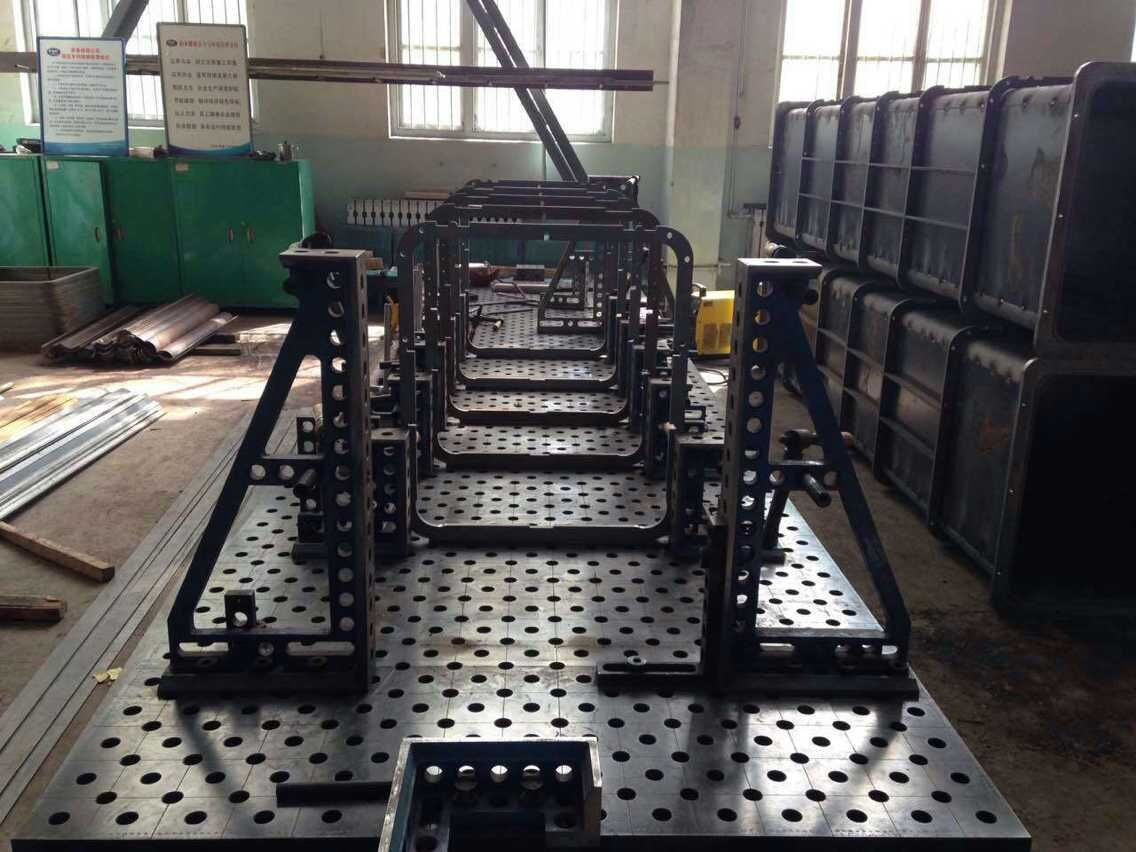 手扶梯升降梯焊接柔性工装夹具,电梯焊接工装夹具