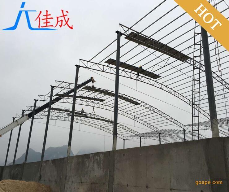 840型或820型彩钢瓦,900型 房屋结构 联排型每间宽度6米(可根据现场