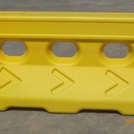 贵州道和安交通设施厂家批发水马围栏|三孔水马|吹塑水马