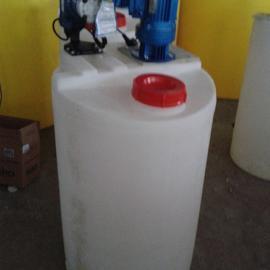 灌云200L圆形加药箱200L方形甲醇箱东海带PE计量罐