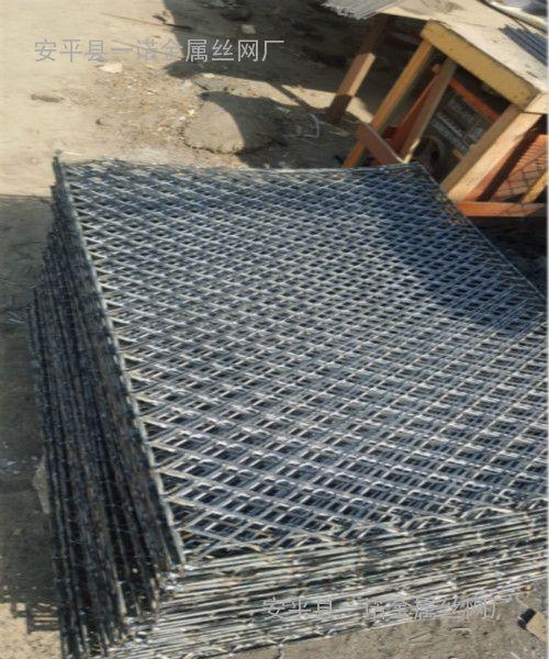 嘉兴建筑脚踏板网片-承重800公斤|喷漆钢笆网片厂家订购