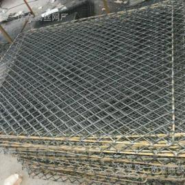 贵阳脚手架钢笆片―建筑专用新式4个厚踏板网片 菱形钢笆价格