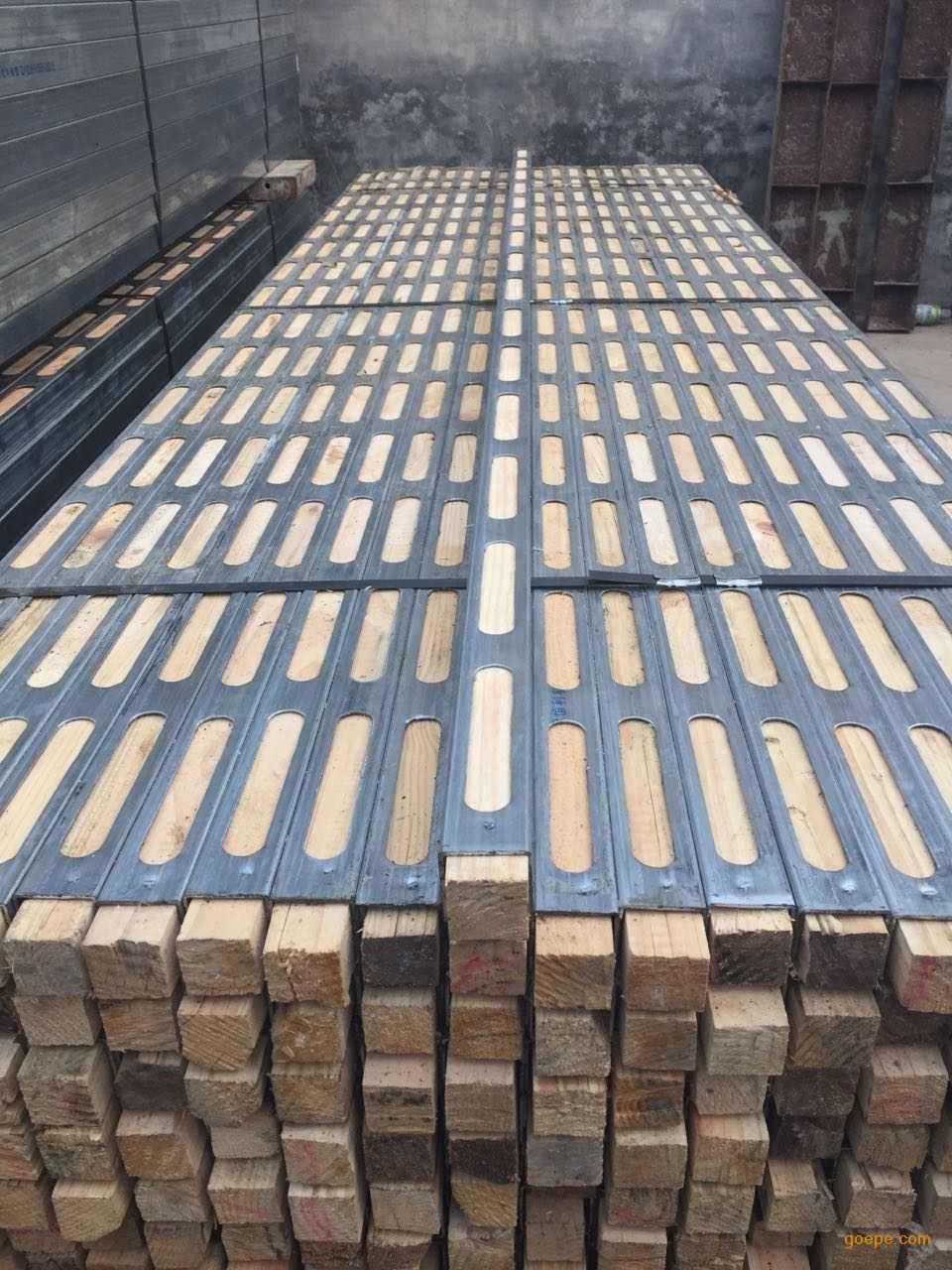 昌兴50镀锌钢木龙骨-钢木龙骨-北京钢木枋