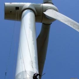 烟台地区风力发电塔防腐、电厂烟囱粉刷工程