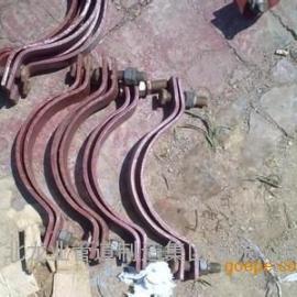 供应武汉市龙业牌碳钢各种管夹,三螺栓管夹价格