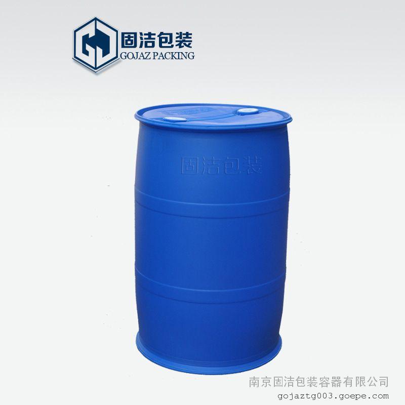 200L塑料桶 (1)、塑料桶主要特点 1、移动时,也可采用手工横向滚动和侧向转动的方法。 2、防腐蚀性能好,适用于多种化学危险品的包装。 3、倾倒后的残余量小,容易清洗,适用于多次重复使用。 4、使用寿命长,在正常灌装、运输和装卸条件下,能使用20次以上。 5、尺寸符合国际集装箱运输的要求,20英尺集装箱可装载80个。 6、可用于热灌装,一般温度应不超过60。热灌装后,应等盛装物充分冷却并降到室温才能关紧盖子和堆码。 7、如果盛装易分解的化学物品,可以配用带排气功能的盖子,以避免在运输途中出现超压的危险