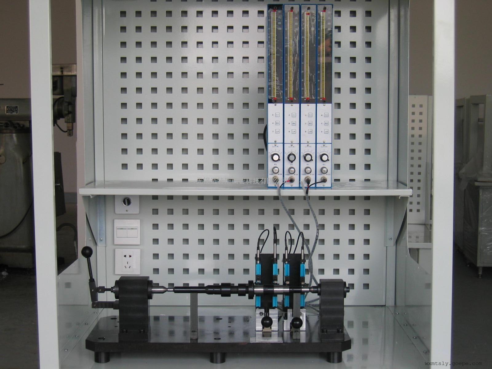 公司优势:    有专业的设计团队,主要设计人员长期从事专用检具设计。有自己独立的粗加工和精加工车间,保证零件加工的精度和质量;保证高难度的零件加工精度和零件的热处理(包括冰冷处理)质量;有经验丰富的装配调试人员,保证检具的装配精度。严格按检具制造的工艺流程制造,检测(三座标,测长仪,测高仪,测厚仪,圆度仪,影像仪)关键零部件及校准件委托专业的计量检测中心检测。执行国际通用的验收标准;有专门的高素质售后服务人员;有快速响应机制和良好的售后服务理念。 目前客户:    已为上汽通用、上海交运、山东潍坊柴油