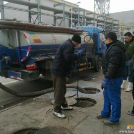 武汉洪山区光谷化粪池抽粪清掏污水井,高压清洗管道