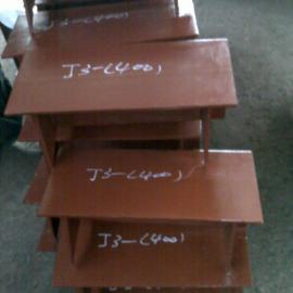 供应郑州加筋焊接型T型管托J3,T型管托价格