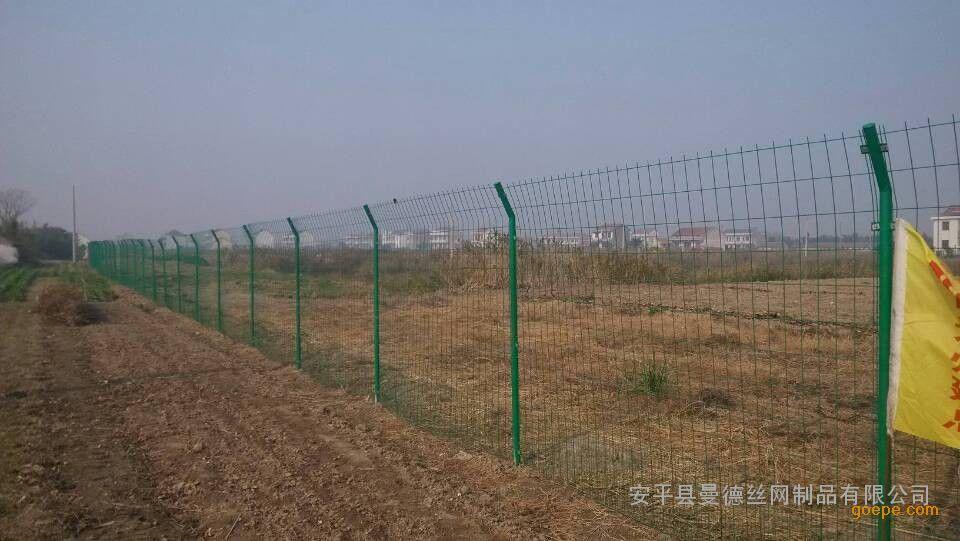内蒙古荒地树林绿化护栏网
