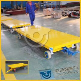 新疆碳素无轨胶轮牵引拖车叉车运输