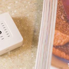 LifeSmart环境感应器手机实时温湿度光照感应遥控开关