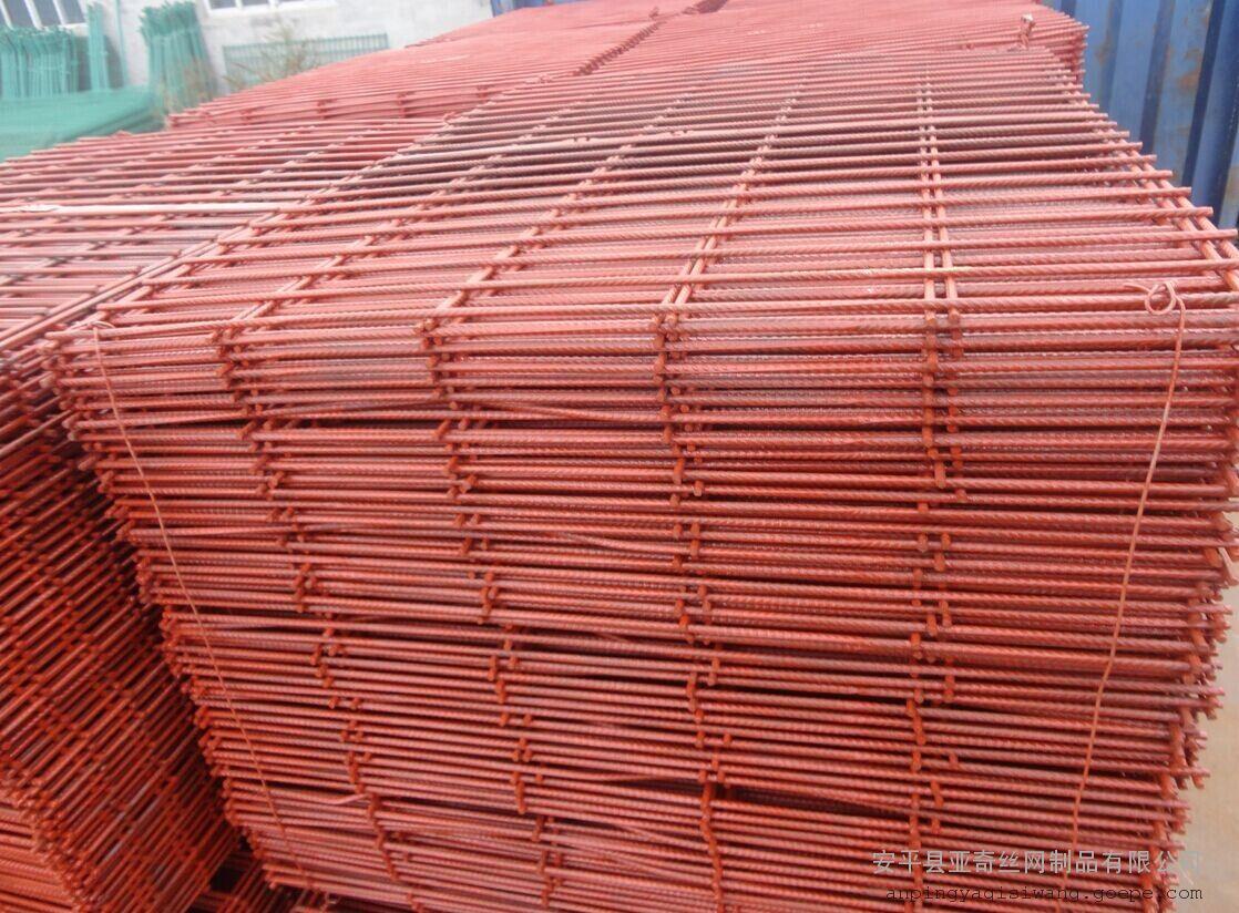 淄博建筑钢笆片-一种新型建筑踩踏板-工地电焊网片