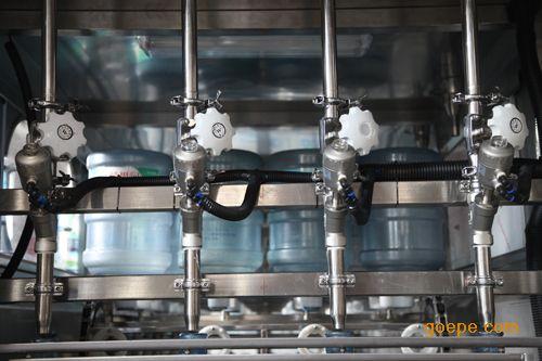 全自动桶装水灌装机5加仑桶装水生产线3加仑生产设备