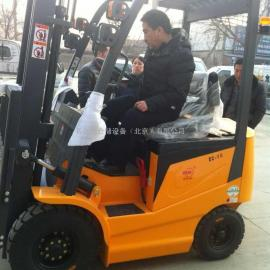 厂家直供电动叉车载重1.5吨FB15托盘车全电动堆高车现货