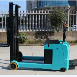 北京供应 2吨全电动堆高车 全电动叉车 电动堆垛机北京现货