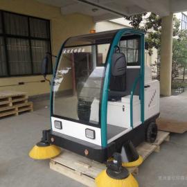 TS-1800智能扫地机吸尘扫地喷水相结合的自动清洁一体机