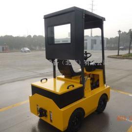 厂家供应 电动座驾式电动牵引车 4吨牵引挂车 带封闭驾驶室