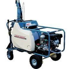 丸山多功能深根施肥机MSV615L 打药机 园林施肥器 丸山总代理