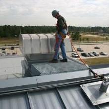 屋顶维修时防绊倒坠落装置|屋顶水平生命线系统