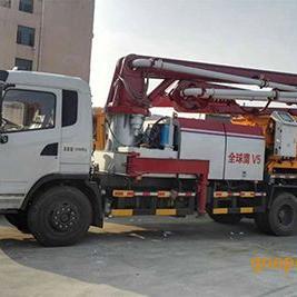 雅安重汽王牌泵车+重汽王牌泵车厂家