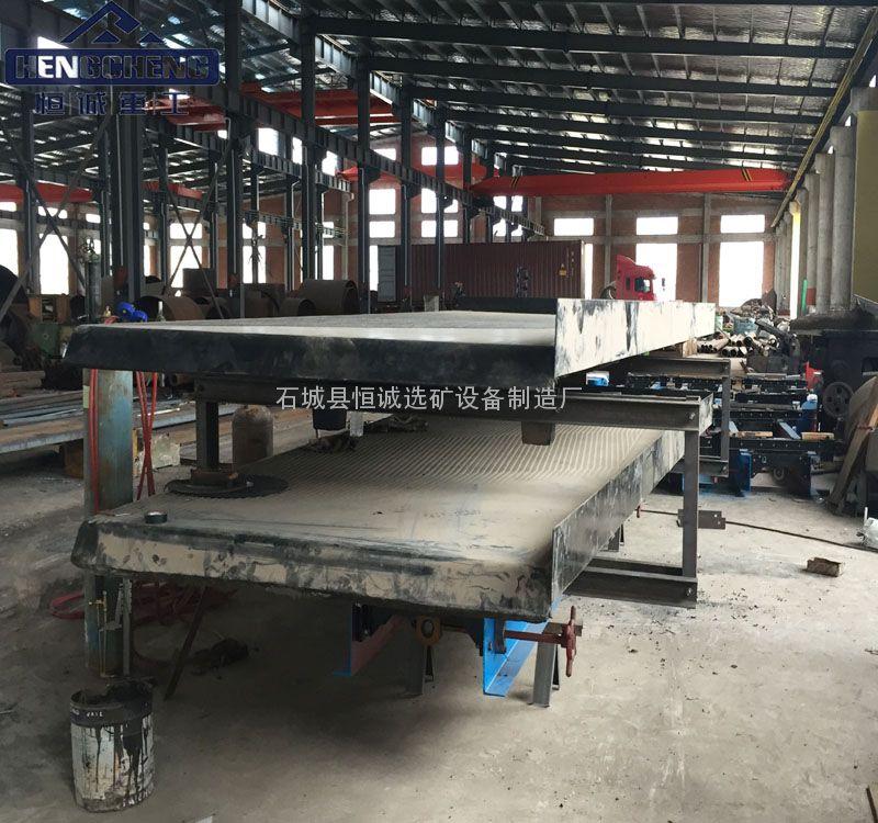 新型6S型双层摇床 双层摇床的选矿原理 专业摇床厂家