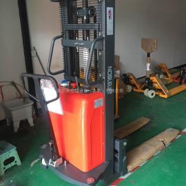 诺力堆高车 轻型半电动堆高车 电动叉车升高1.5吨2.5米