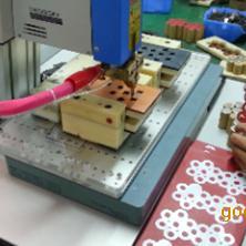 PACK电池自动点焊机