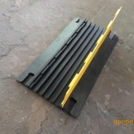 橡胶线槽型减速带 二线槽减速垄 深圳压线槽板