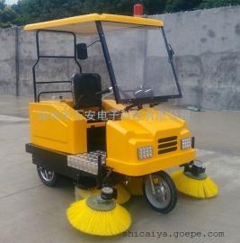 厂家直销驾驶式电动扫地车扫路车扫地机清扫车清扫,吸尘,洒水