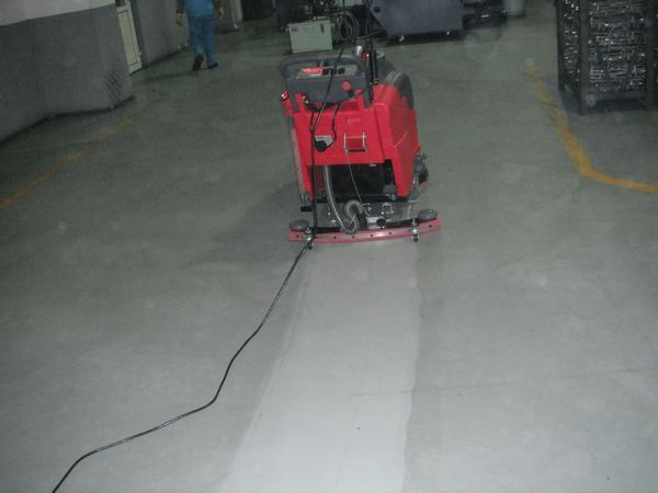 克力威手推式洗地机xd18wf,小型工厂车间去油污地面清洗机拖地机图片