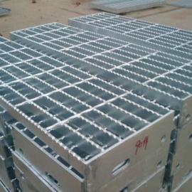 泰安钢格板平台钢格栅踏板热镀锌303/50/100楼梯踏板