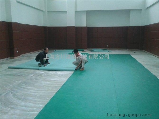 枣庄pvc地板施工/枣庄运动塑胶地板施工