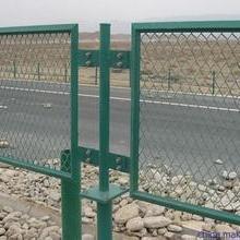菱形孔防护网 钢板网护栏网 高速公路防眩网