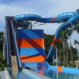 山西晋城水上乐园设备厂家大型玻璃钢水滑梯设备安装施工