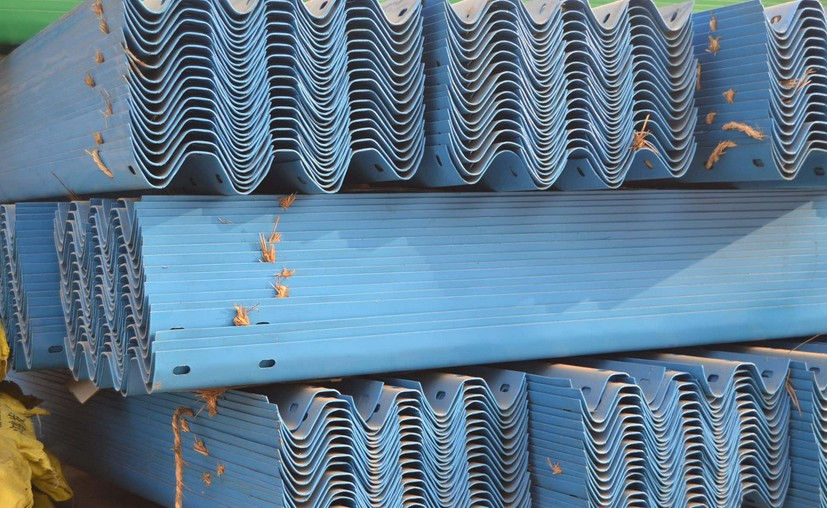 南京交通波形护栏板