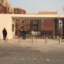 山东淄博高青县学校升降柱阻车柱挡车柱拦车柱