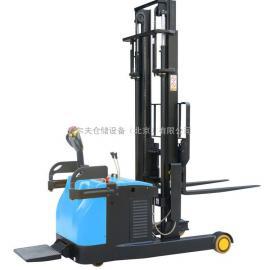普尔夫前移式电动叉车 站驾前移式电动堆高车电瓶叉车配件北京