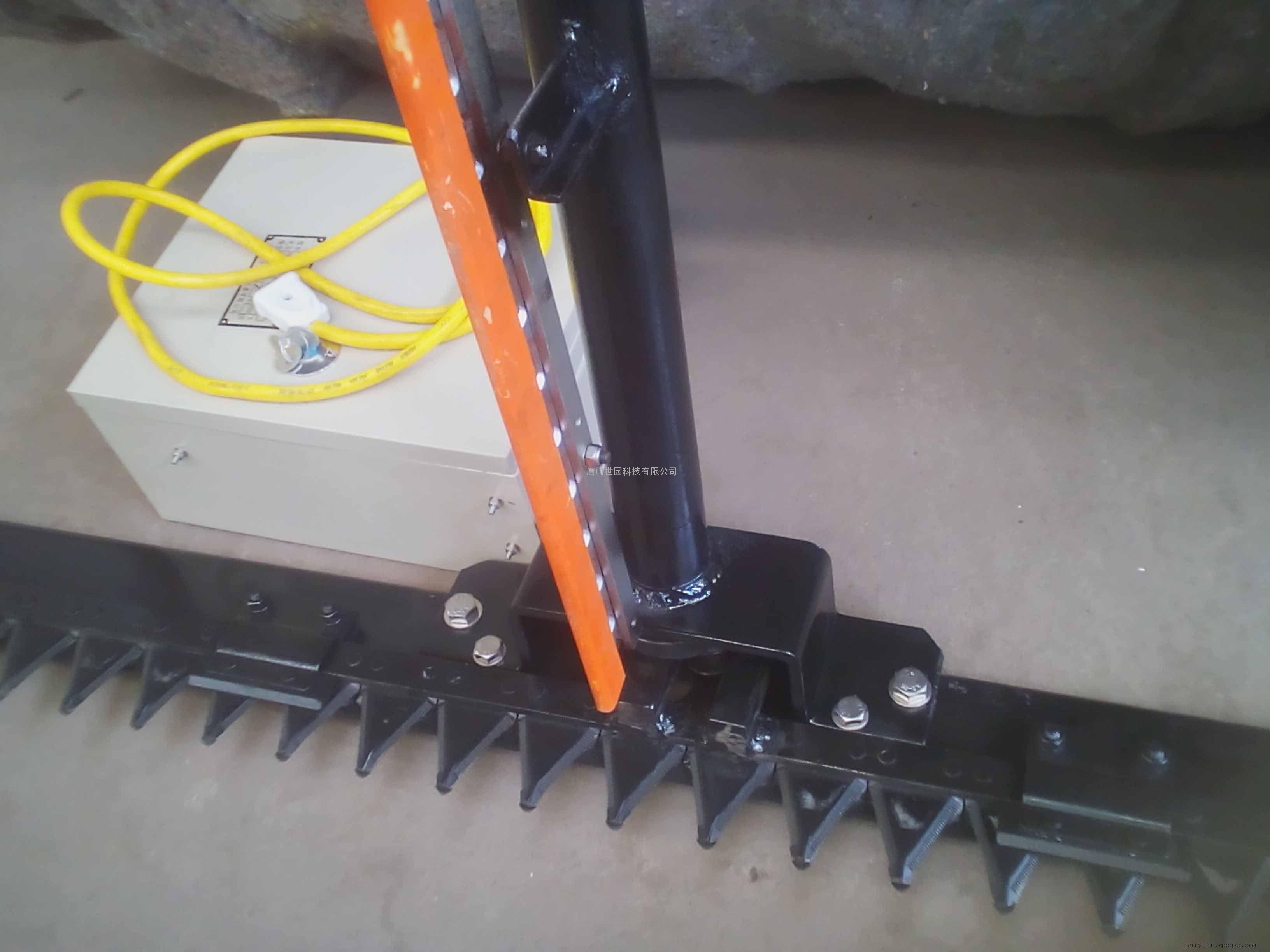 双刀割水草机