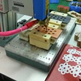 纯电动专用车动力电池自动点焊机宝龙电池点焊机